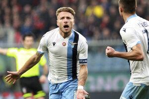 Ciro Immobile oslavuje gól v zápase 25. kola Serie A 2019/2020.