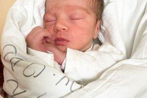 Amélia Macejková (2820 g, 49 cm) sa narodila 24. januára Sandre a Michalovi z Novej Bošáce.