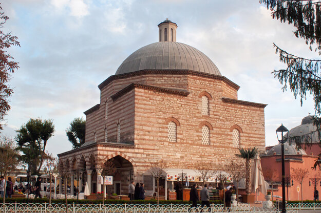Kúpele Haseki Hürrem v Istanbule, ktoré navrhol architekt Miman Siman v 16. storočí počas vlády Sultána Sulejmana I. ako darček pre jeho manželku