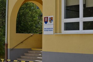 Stredná zdravotnícka škola v Rožňave.