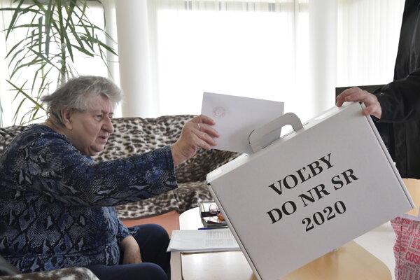 Voľby v zariadení pre seniorov v Moravanoch nad Váhom.