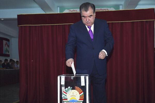 Tadžický prezident  Emomali Rachmonov.