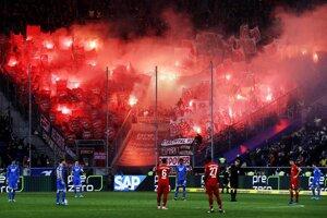 Sektor hostí počas zápasu TSG 1899 Hoffenheim - Bayern Mníchov.
