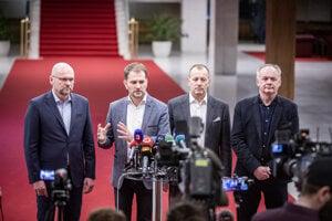 Voľby 2020: Predseda strany SaS Richard Sulík, predseda OĽaNO Igor Matovič a predseda hnutia Sme rodina Boris Kollár a predseda strany Za ľudí Andrej Kiska.