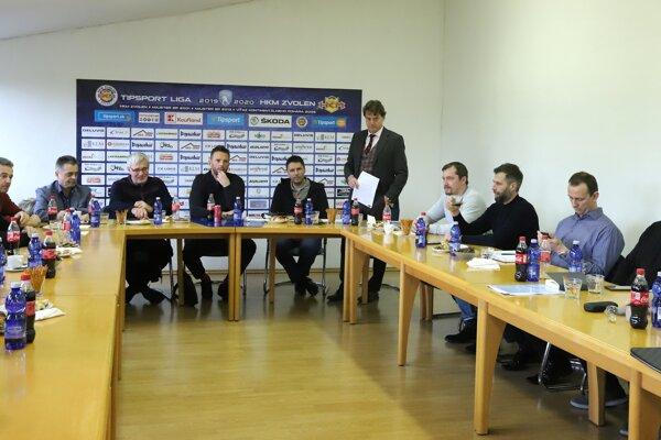 Mimoriadne rokovanie zástupcov klubov Tipsport ligy vo Zvolene