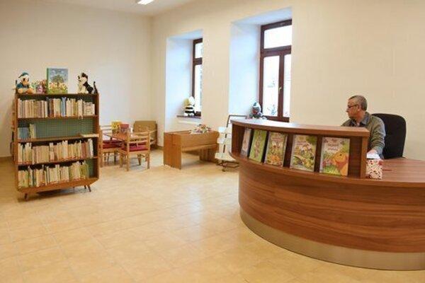 Základné výpožičné služby má Mestská knižnica v Kežmarku spustené.