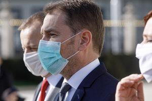 Predseda hnutia Sme rodina Boris Kollár, predseda hnutia OĽANO Igor Matovič a podpredsedníčka strany Za ľudí Veronika Remišová.