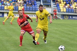 Nútená pauza v regionálnom futbale sa predlžuje o ďalšie termíny.