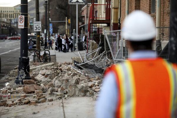 Škody po zemetrasení v Salt Lake City.
