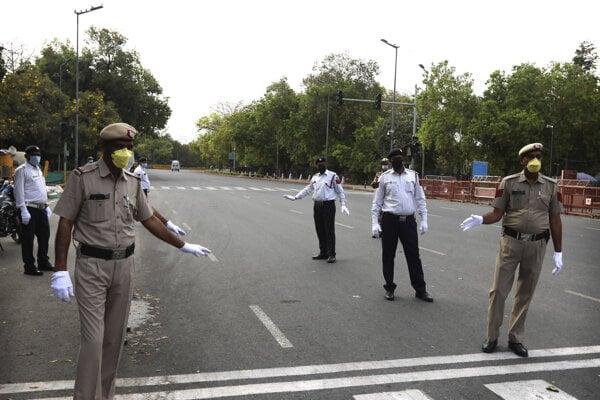 Indická polícia v Naí Dillí.