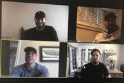 klubov zámorskej hokejovej NHL zľava zhora v smere hodinových ručiek Jordan Staal z Caroliny Hurricanes, Claude Giroux z Philadelphiea Flyers, Marc Stall z New Yorku Rangers a Sidney Crosby z Pittsburghu Penguins počas spoločného videorozhovoru.