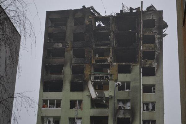 Po výbuchu bytovky na Mukačevskej.
