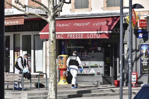 Smrteľný útok nožom vo Francúzsku vyšetrujú ako terorizmus