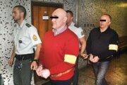 Spišiaci na košickom súde. V červenom Slavomír, za ním Vladimír. Už sú doma.