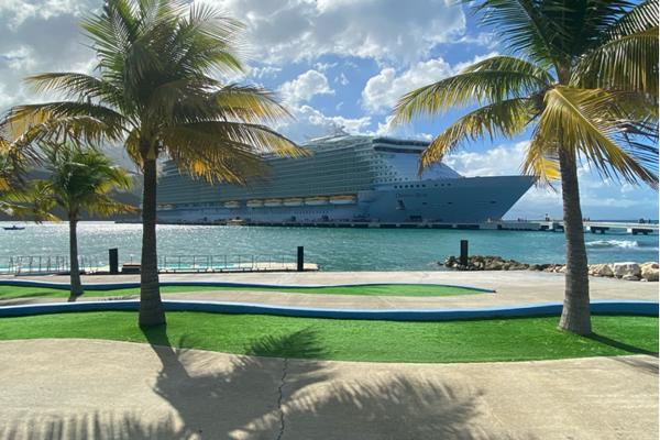 Oasis Of The Seas je loď, na ktorej ostala východniarka v karanténe spolu s ďalšími približne 1300 zamestnancami.
