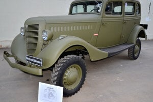 GAZ-61