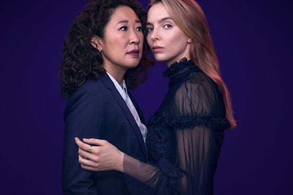 Sandra Oh (vľavo) hrá v seriáli Killing Eve agentku Eve, Jodie Comer vrahyňu Villanelle.