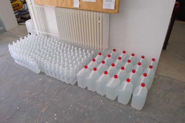 Bystričany kúpili 1800 litrov dezinfekcie.