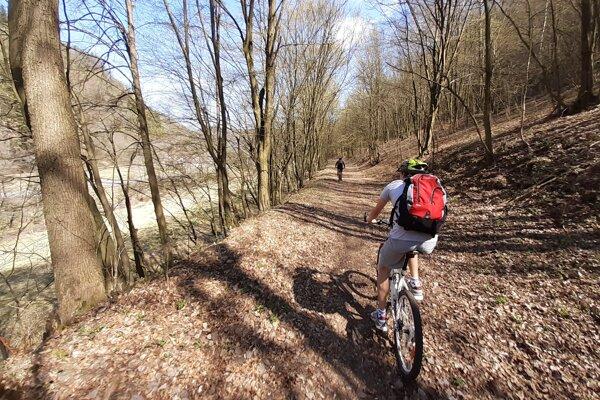 Cyklotrasa by mala byť dlhá 21,3 kilometra.
