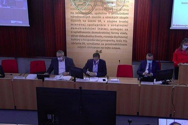 Rokovanie poslancov PSK.