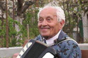 Vladimír Strmeň prežil ťažký život. Je to človek s veľkým srdcom.