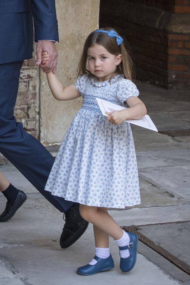 Princezná Charlotte odchádza po krste svojho brata Louisa z kráľovskej kaplnky Paláca sv. Jakuba v Londýne, 9. júl 2018.