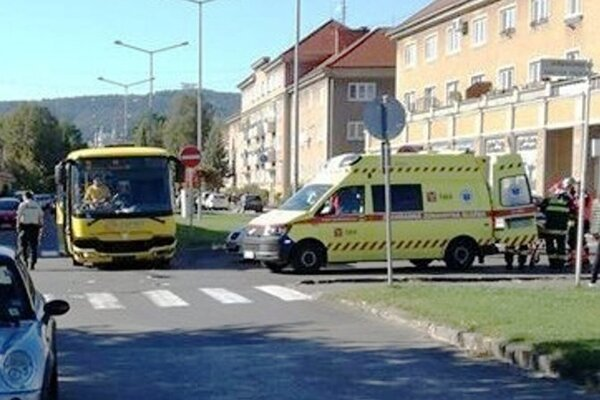 Pred dvomi rokmi došlo na križovatke aj k zrážke autobusu.