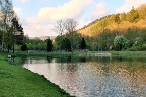 Vodná nádrž pri Levoči. Pre cestovná ruch ju predurčuje  jej poloha, je napojená na cestu, ktorá vedie do rekreačnej oblasti Levočská Dolina.
