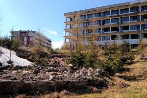 Okolo hotelového komplexu Helios sa má udiať viacero zmien.