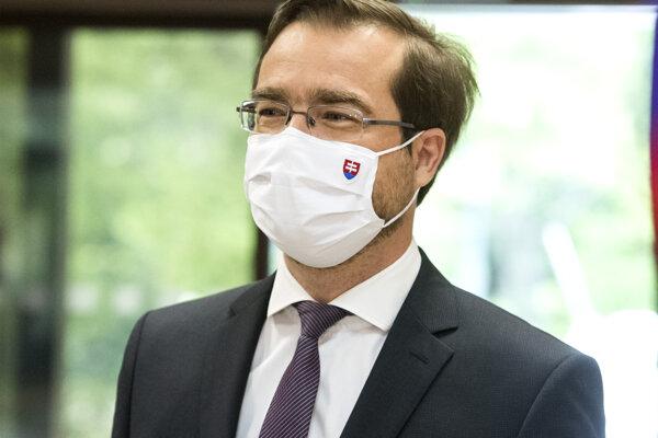 Minister Krajčí ocenil prístup hlavného mesta k zvládnutiu pandémie.