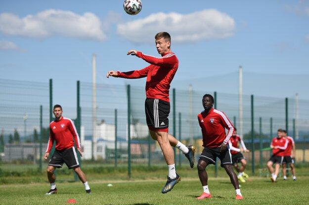 Hráč FC Spartak Trnava Alex Sobczyk počas spoločného tréningu.