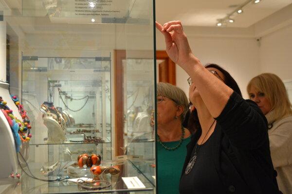Výstava s názvom Rastlinná ríša – tajuplná šperkovnica.