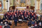 Vystúpenie Miešaného speváckeho zboru Kysuca počas vlaňajšieho vianočného koncertu v meste Čadca.