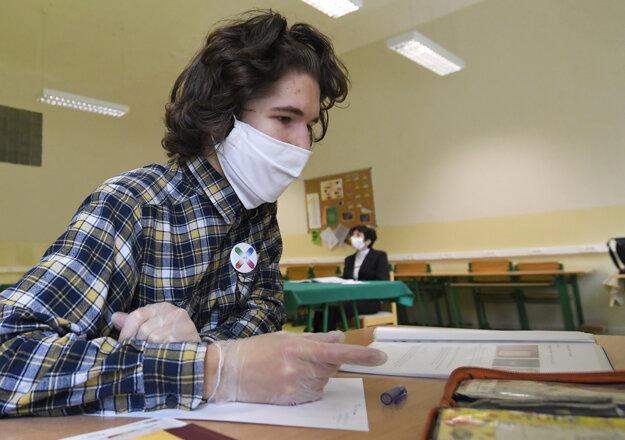 Prezenčná maturita  na Gymnáziu Poštová 9 v Košiciach