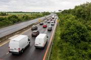 Protestné blokovanie cesty na úseku diaľnice D1 Triblavina v smere do Bratislavy Úniou Fitness Centier Slovenska.