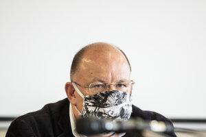 Generálny riaditeľ RTVS Jaroslav Rezník počas mimoriadneho rokovania Rady Rozhlasu a televízie Slovenska. Bratislava, 27. máj 2020