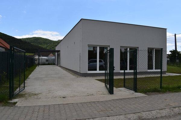 Komunitné centrum v osade Podskalka už slúži verejnosti.