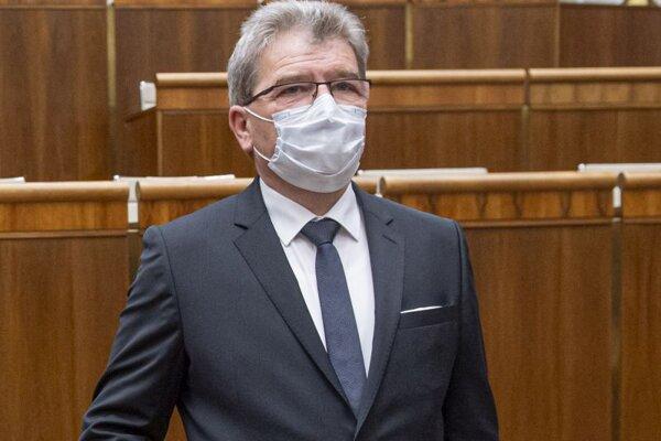 Jaroslav Karahuta, predseda Výboru Národnej rady (NR) SR pre pôdohospodárstvo a životné prostredie.
