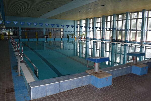 Krytú plaváreň otvoria v Humennom v piatok o deviatej.