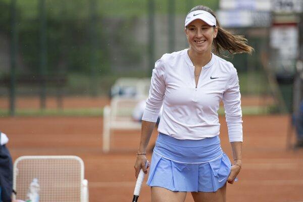 Belinda Benčičová.