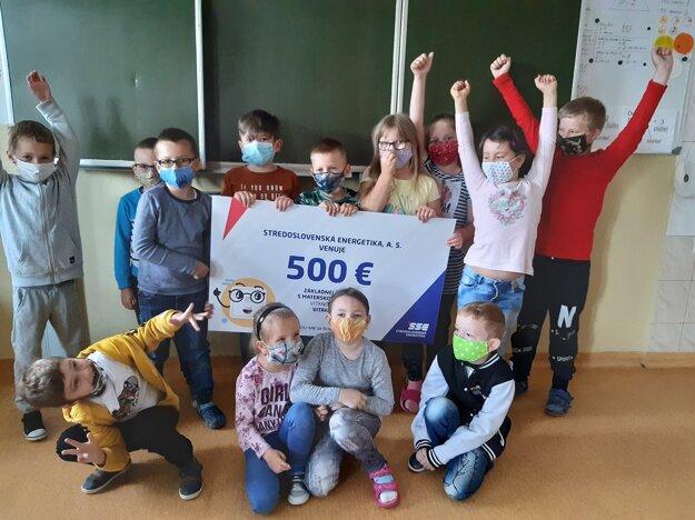 Veľkú radosť mali aj deti v ZŠ a MŠ Vitanová.