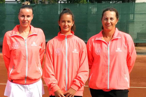 Zľava Stanka Hašlerová (37 r.), Lucia Hradecká (12 r.) a Andrea Hradecká (39 r.).