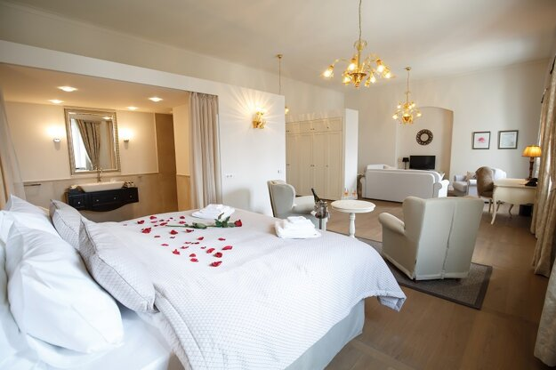 Ubytovanie v komfortných izbách, svadobný apartmán.
