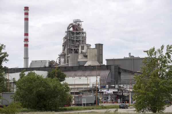 prevádzka cementárne v Rohožníku