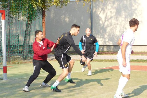Už túto sobotu 4. júla sa bude hrať turnaj MÚMF Levice, na ktorý sa prihlásilo deväť mužstiev.