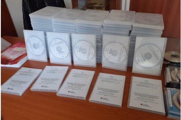 CD už má prvých poslucháčov.