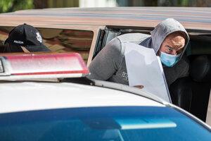Obvinený Norbert Bödör prichádza na Špecializovaný trestný súd