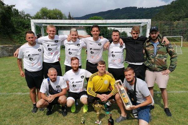 FC Trestná lavica, víťazi Inter Cupu v Hornej Vsi.