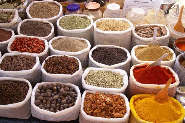 Trhoviská v Goa ponúkajú najrôznejšie a pre Európanov často neznáme druhy korenín.