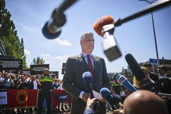Kosovský prezident Hashim Thaci v Haagu.